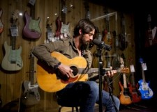 Ryan-Bingham-guitar-center