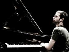 Giovanni-Guidi-al-pianoforte