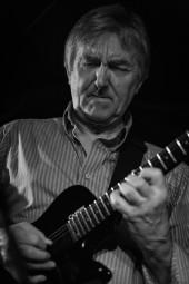 Allan-Holdsworth 2