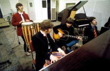 BEATLES-SGT-PEPPER-studio_02-768x505