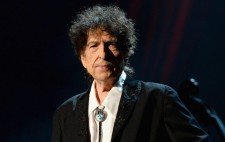 BobDylanGettyImages-462898048-920x584