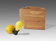 9 - Joseph-Beuys-Capri-Batterie-1985